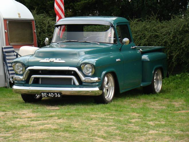 GMC-1955-Mark-van-Run.jpg